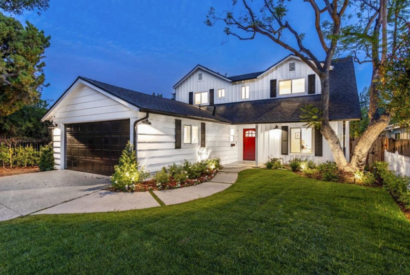 Home Architect Contemporary Farmhouse 2